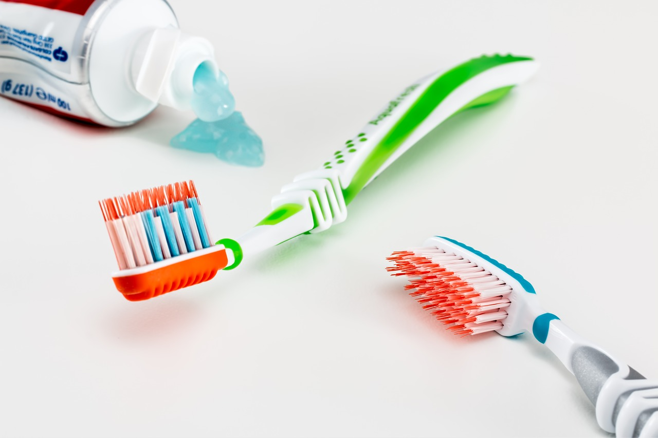 Vsestranska uporaba zobne paste